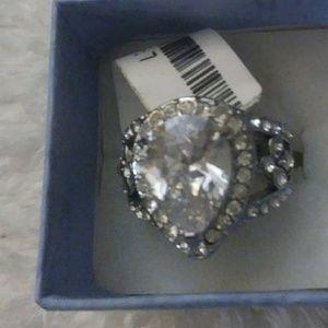 Silver plated teardrop rhinestone ring
